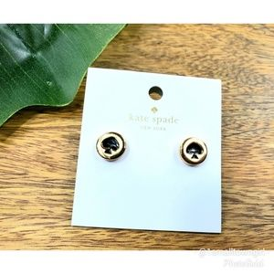Kate Spade New York spade post stud earrings NWT